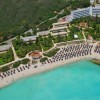 территория отеля Nissi Beach Holiday Resort 4*  (Nissi Beach Holiday Resort)