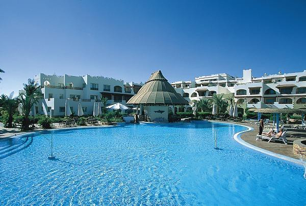 Басейн отеля Royal Grand Sharm 5*  (Роял Гранд Шарм)