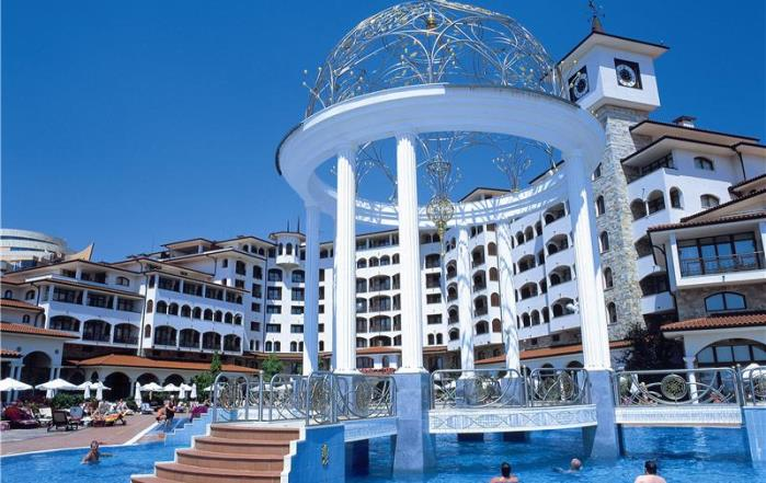 Отель отеля Royal Palace Helena Sands 5*