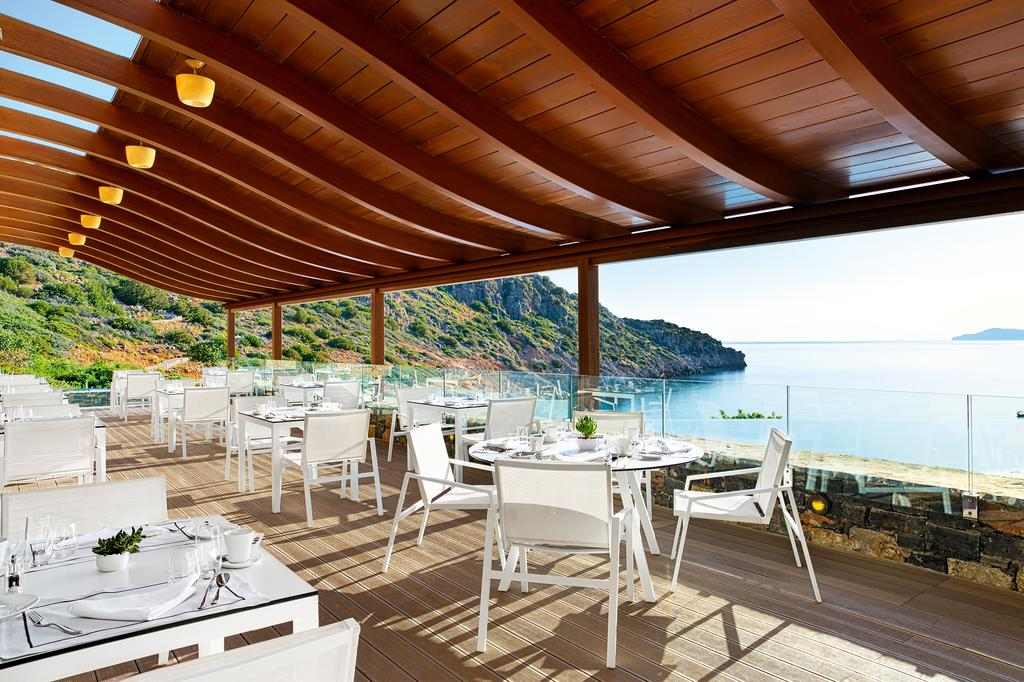 Територия отеля Daios Cove Luxury Resort 5* HV1 (Дайос Кав Лакшери Резорт)