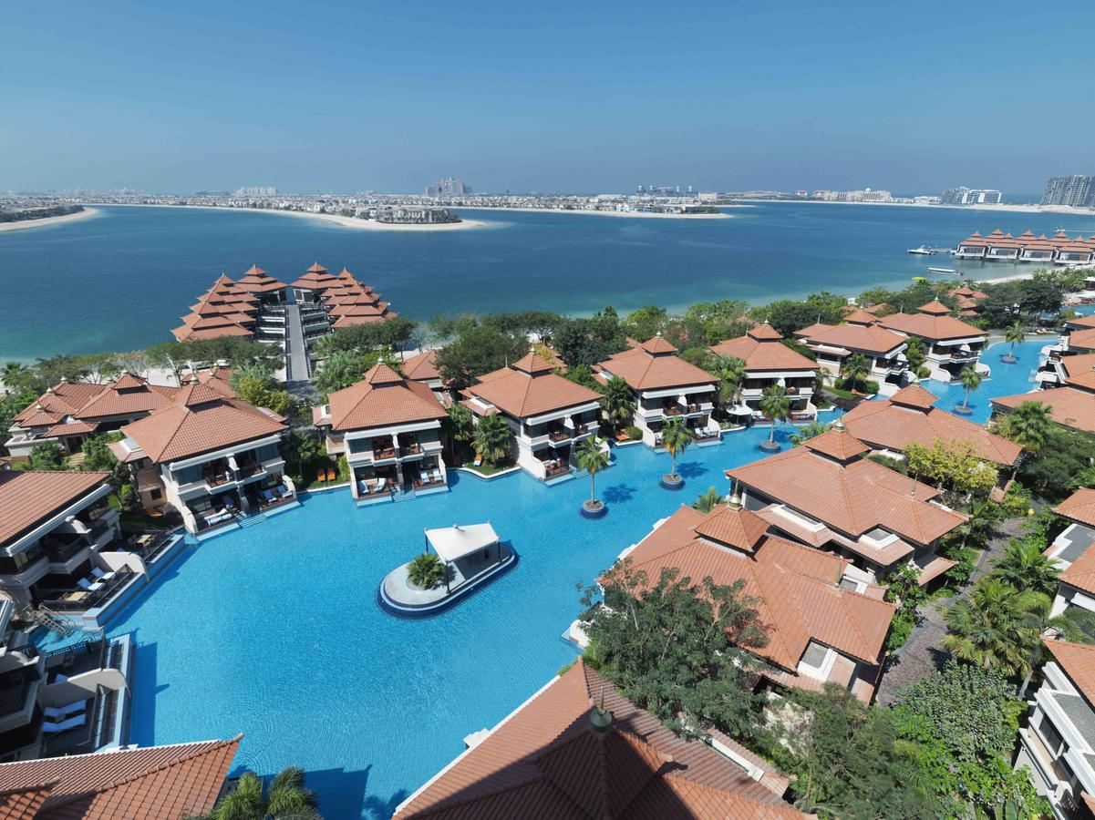 территория отеля отеля Anantara The Palm Dubai Resort 5*  (Анантара Зе Палм Дубаи Резорт)