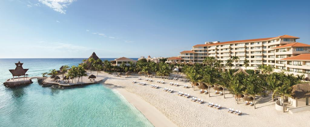 Территория отеля Dreams Puerto Aventuras Resort & Spa 5*  (Дримс Пуэрто Авентурас)