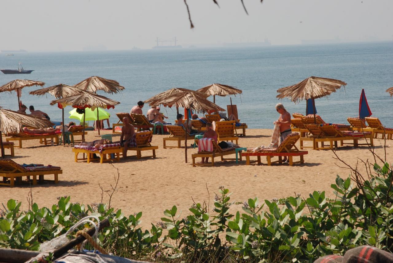 Paradise Village Beach Resort 4
