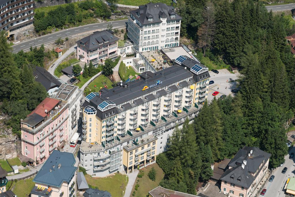 Здание отеля отеля Mondi-Holiday First-Class Aparthotel Bellevue 4*  (Mondi-Holiday First-Class Aparthotel Bellevue)
