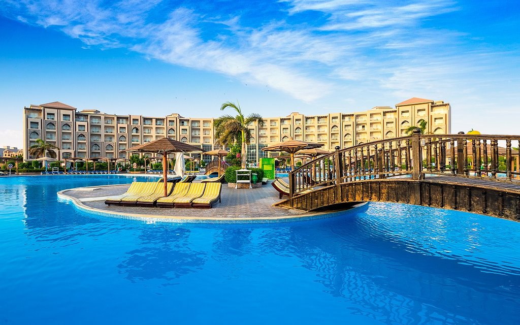 Hawaii Caesar Dreams Aqua Park Resort 4*