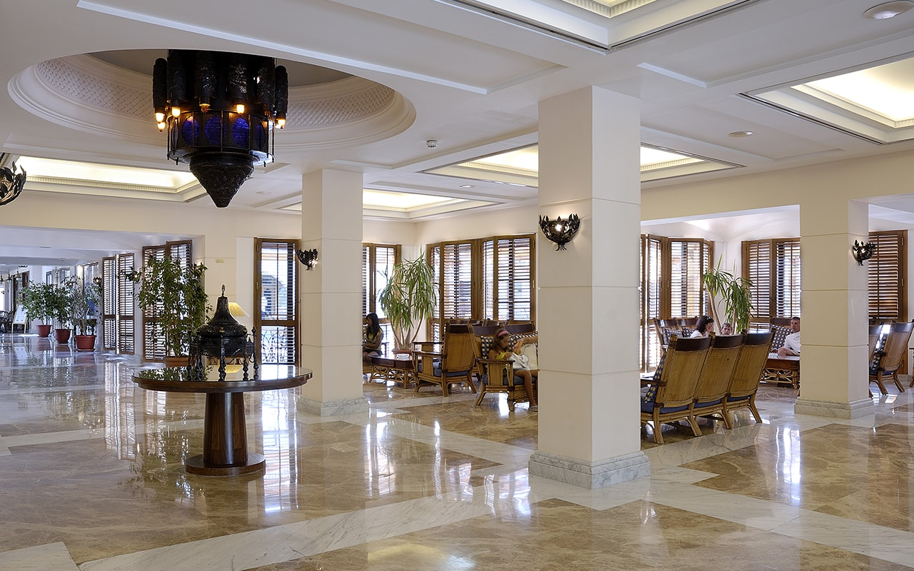 Холл отеля Grand Plaza Hotel Hurghada 4*  (Гранд Плаза Отель Хургада)