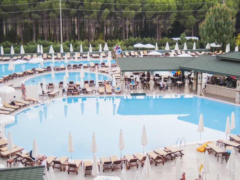 Бассейны отеля Aydinbey Famous Resort 5*