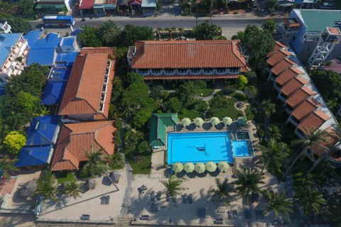 Dynasty Mui Ne Beach Resort 3*