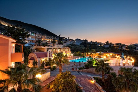 Asterias Village Apartments 4*