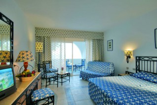 Domina Coral Bay Aquamarine Beach 5*