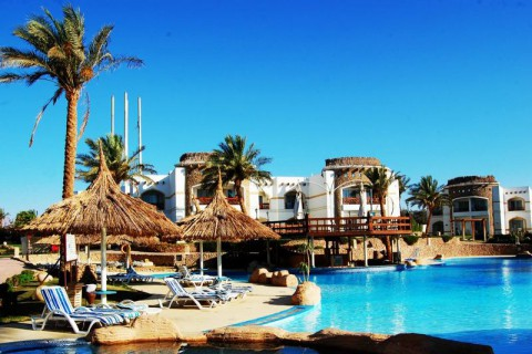 Отель Gardenia Plaza Hotels & Resorts 4*  Гардения Плаза Хотелс Энд Резортс Domina Gardenia Plaza Resort