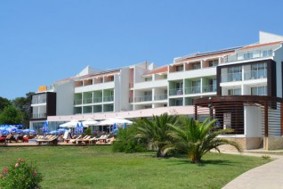 Hotel Otrant And Villas 4*
