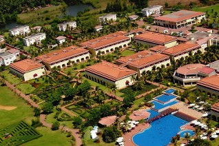 The Lalit Golf & Spa Resort 4*