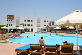 Отель Sharm Cliff Resort 4*  Шарм Клифф Резорт